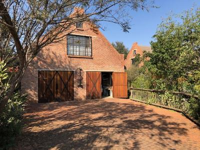 Cottage For Rent in Sable Hills, Roodeplaat