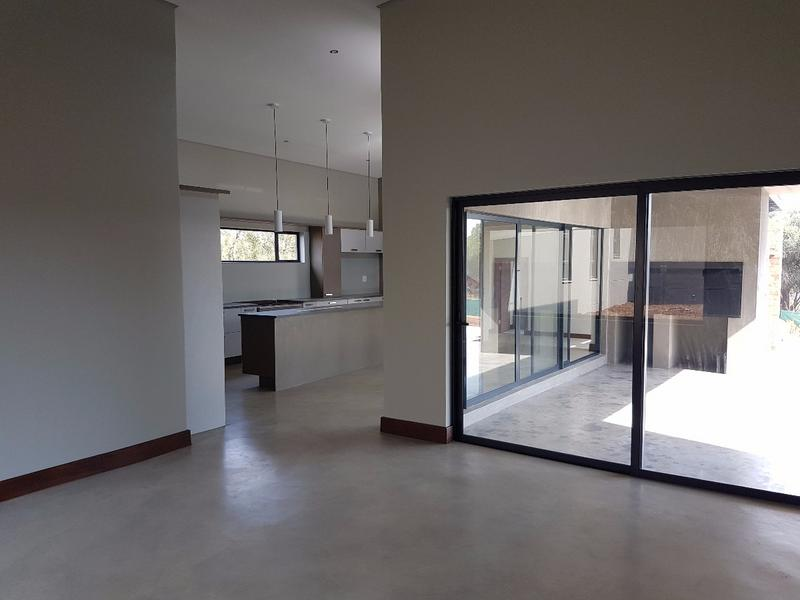 Property For Rent in Sable Hills, Roodeplaat 5