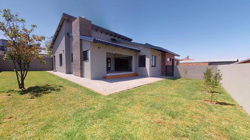 Property For Sale in Sable Hills, Roodeplaat 15