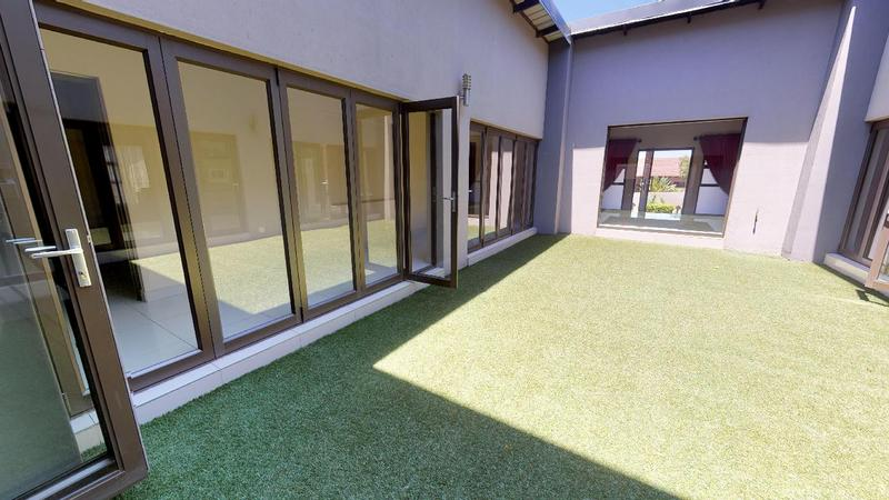Property For Rent in Sable Hills, Roodeplaat 1