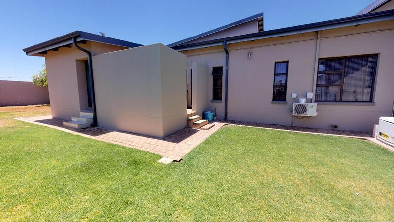 Property For Rent in Sable Hills, Roodeplaat 3